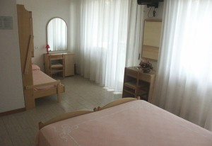 Camera 112 e 212